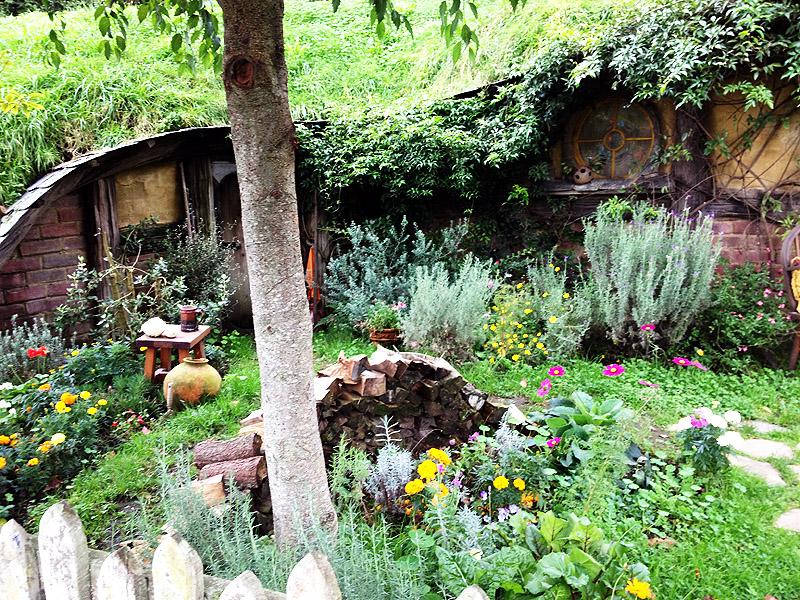 Alfa img - Showing > Hobbit Garden