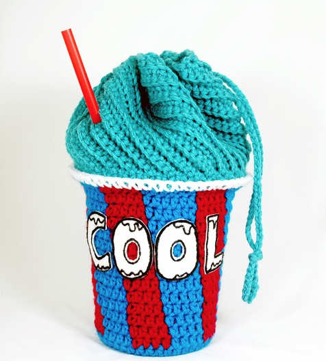 Free Pattern at Michaels.com: Blue Slushee Drawstring Bag ...