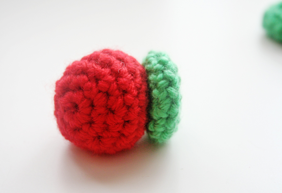 aabe83304 WIWT & Free Crochet Pattern: The Very Hungry Caterpillar | Twinkie ...