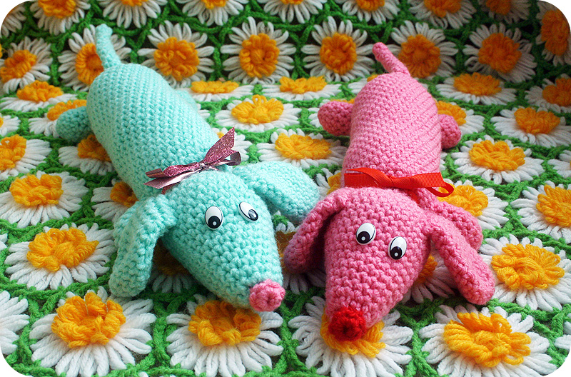 Free Crochet Pattern Wiener Dog : Crochetin for Weenies: My Weiner Dog Plush Crochet ...
