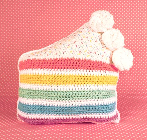 Lily Sugar And Cream Free Crochet Patterns : Twinkie Chans Blog - Rainbow Cake Throw Pillow free ...