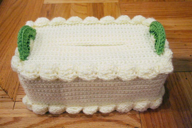 Crochet Tissue Box Cake