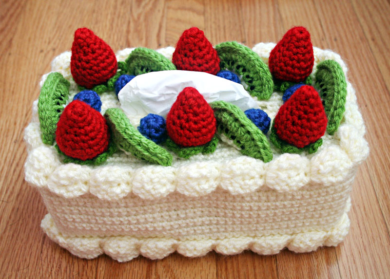 Free Crochet Pattern Cake Tissue Box Cozy Chiffon Cake With Fruit
