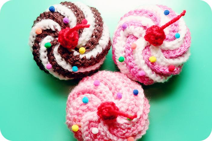 Cupcakes3smallrnd