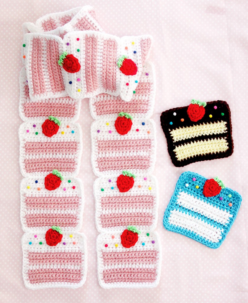 StrawberryCakeScarf4