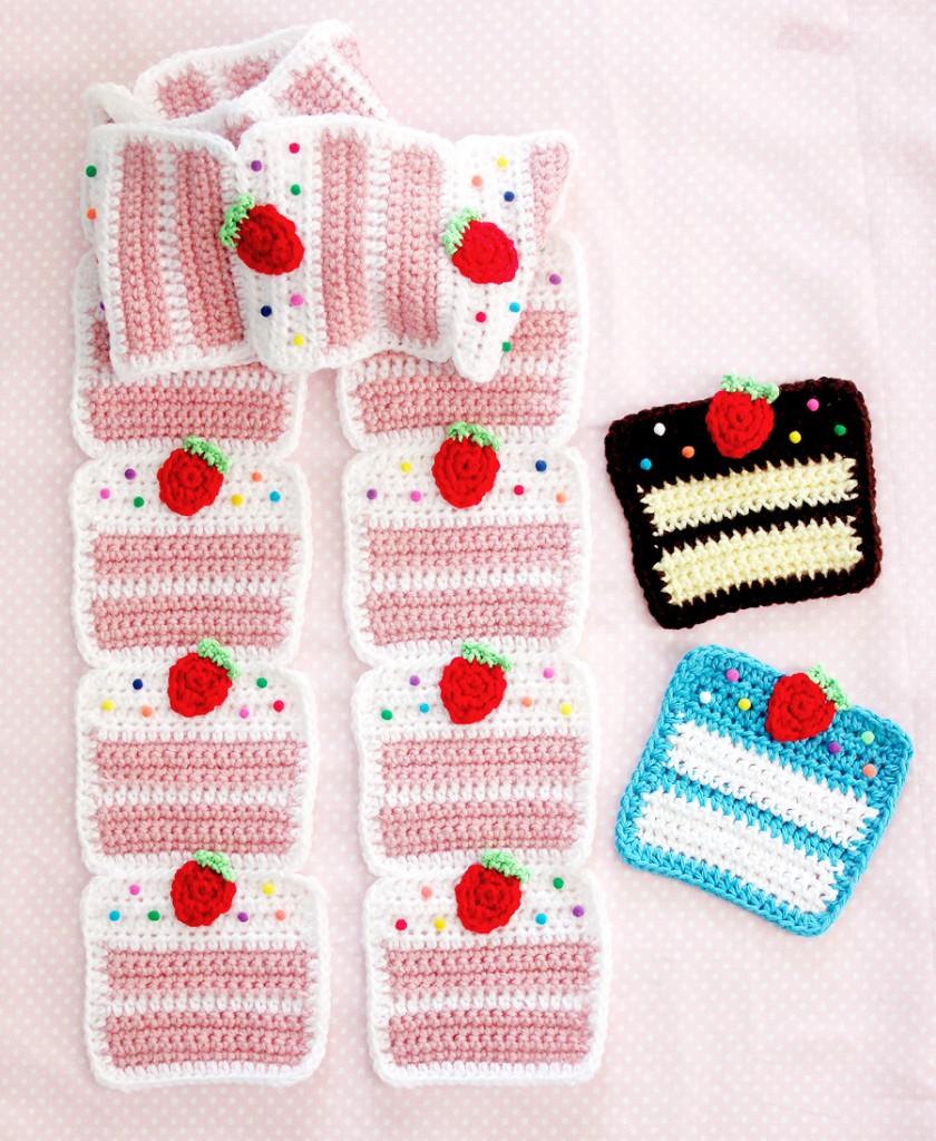 StrawberryCakeScarf4