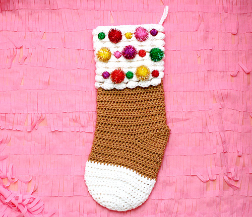 Free Crochet Pattern Gingerbread Christmas Stocking At Skiptomylou