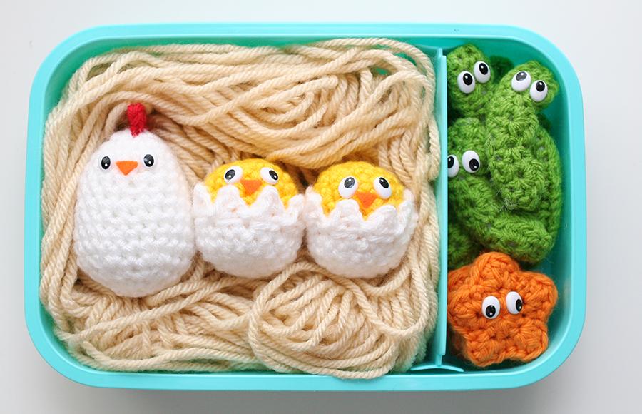 EggChicks1sm
