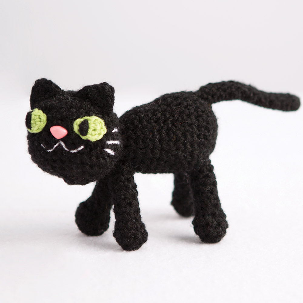 crochetedblackcat_social_1000x1000_1