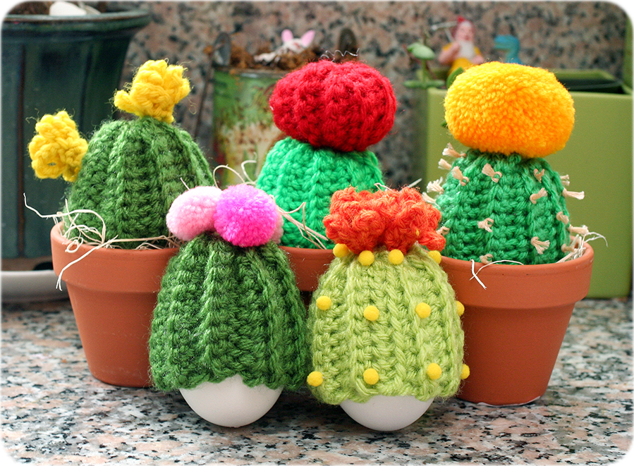 Free Crochet Pattern: Cactus Egg Cozies | Twinkie Chan Blog