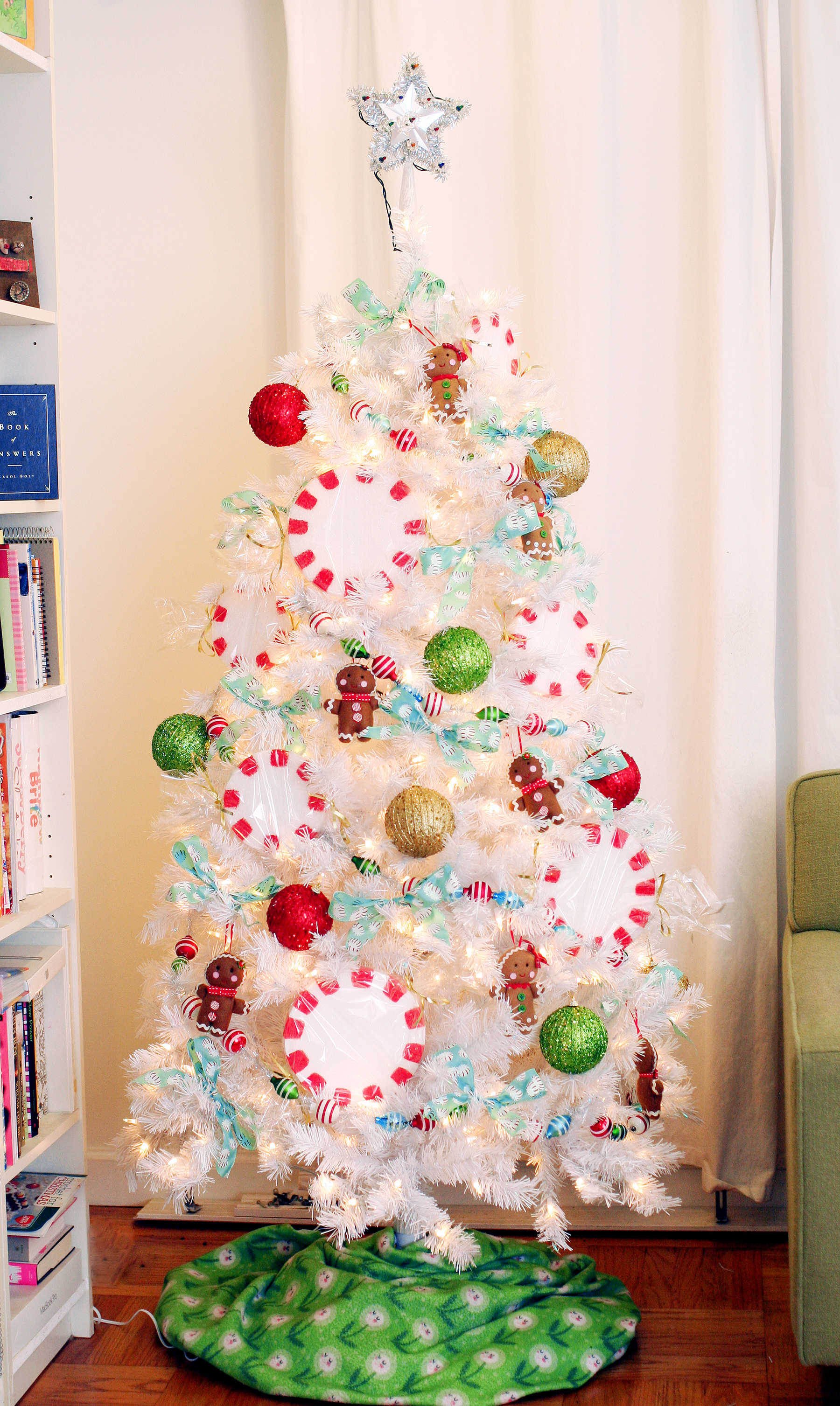 i started with the arctic white 6 foot tree and these colors of christmas beaded ornaments treetopia did provide these items to me but my review is honest - Peppermint Christmas Tree